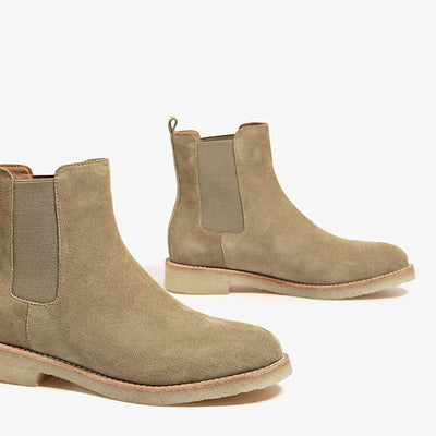 Leather British casual flat Chelsea boots