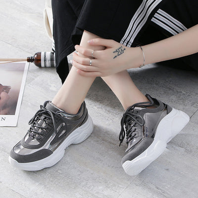 2019 new lacquer stitching small white shoes platform women's shoes