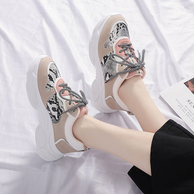 Korean version of snake pattern sports shoes color matching small white shoes Harajuku style casual shoes