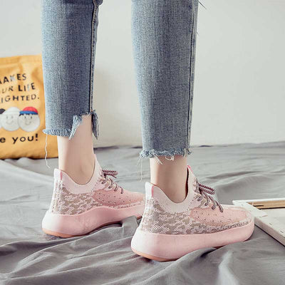 Spring new low-heeled lightweight sports shoes shallow mouth round head casual women's shoes