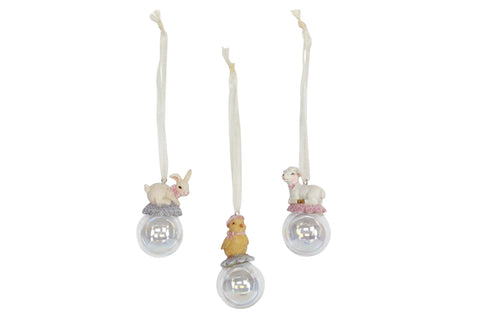 Gisela Graham Resin Ball Decoration with animal