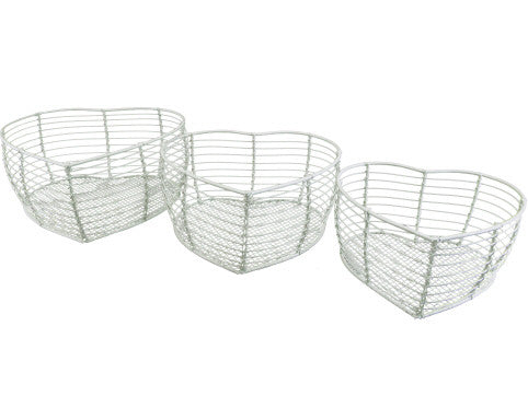 Gisela Graham Set of 3 Cream Wire Heart Baskets