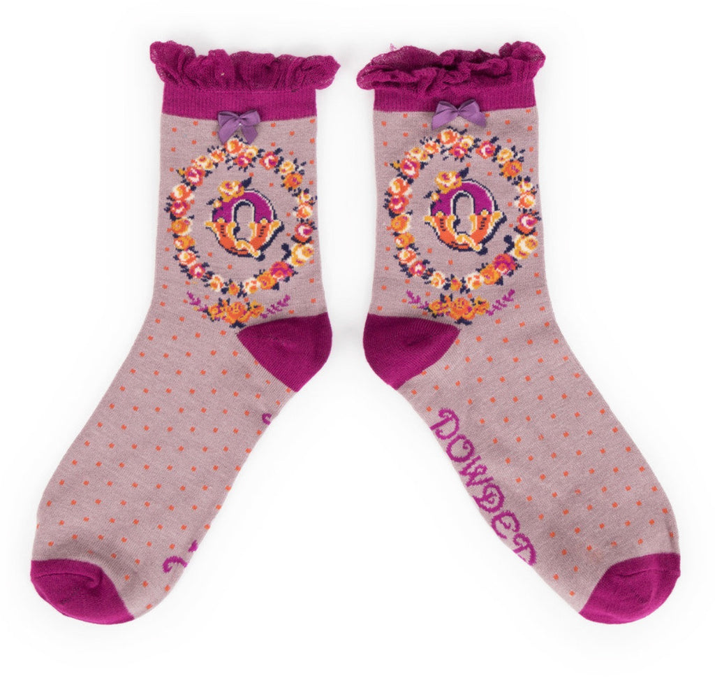 Powder A-Z Socks - Q