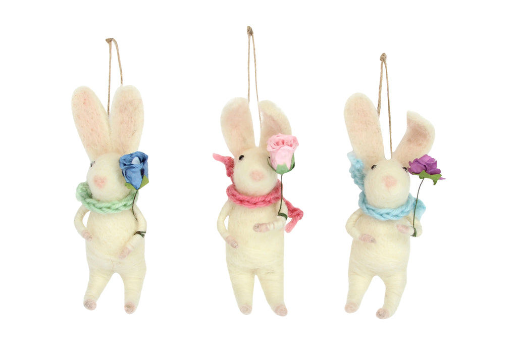 Gisela Graham Wool Mix Bunny With Flower
