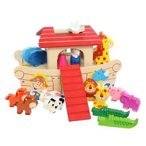 Gisela Graham Wooden Noah's Ark Play Set