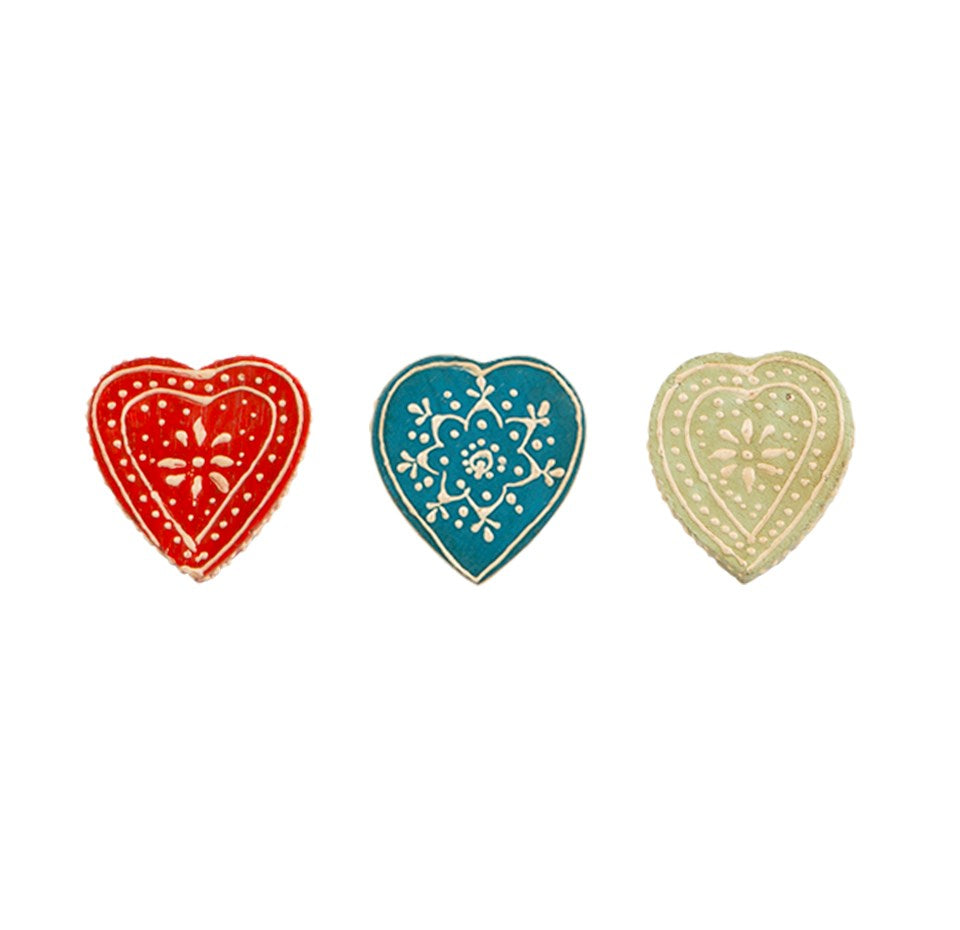 Sass & Belle Daisy May Heart Drawer Knob - Red/Blue/Green