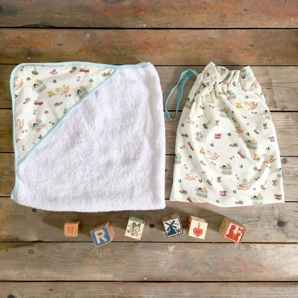 Belle & Boo Toy Box Baby Hooded Towel & Drawstring Bag Set