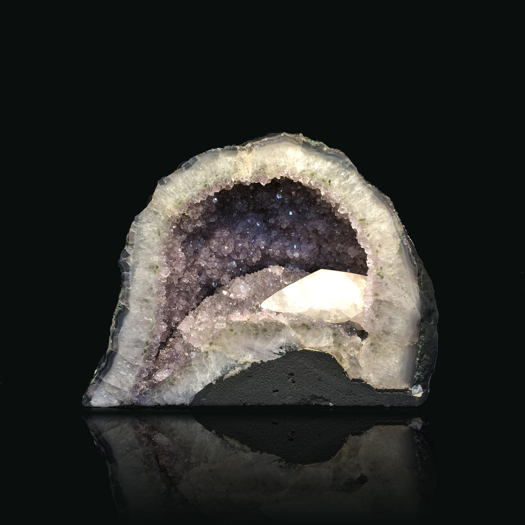 #GEO-AM406 Amethyst Geode With Calcite