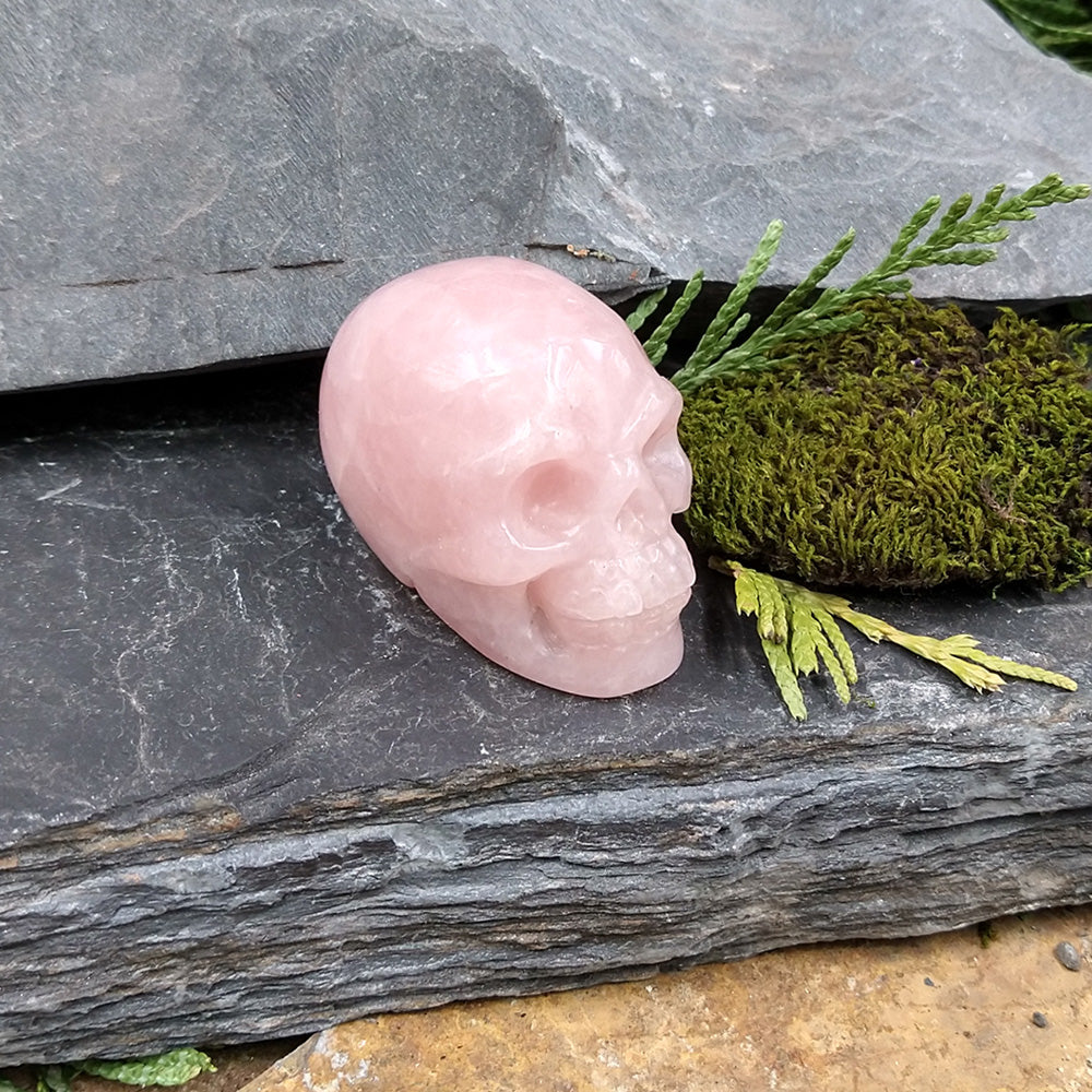 #RQ-122 Rose Quartz Skull