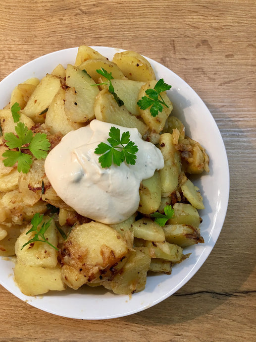 Herb Potatoes With Cashew Horseradish Cream