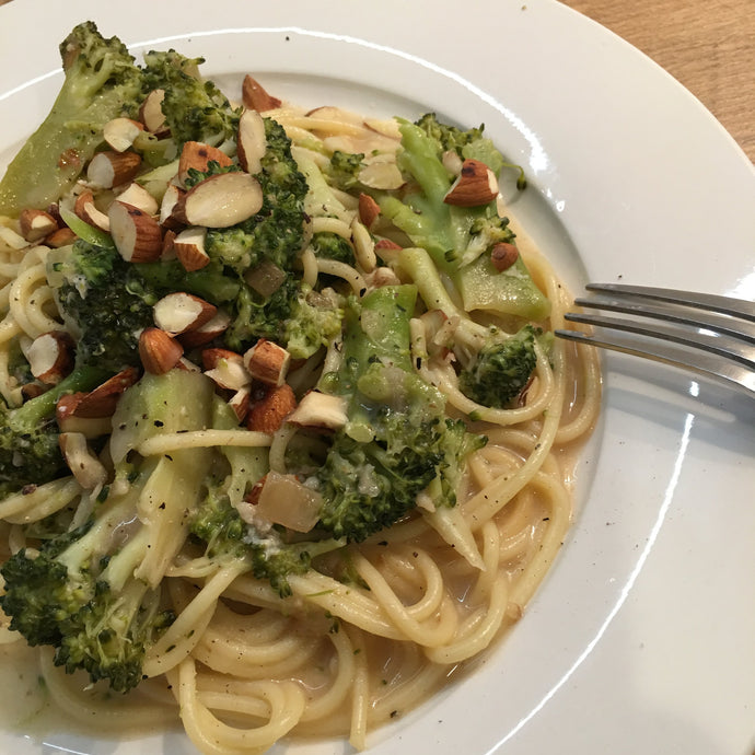 Super Delicious And Creamy Brocolli Pasta