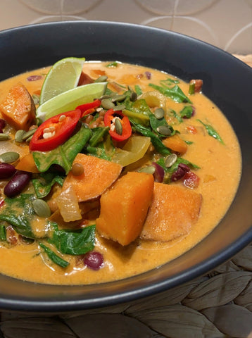 HelloFresh with Dani Stevens Caribbean Bean Coconut Soup