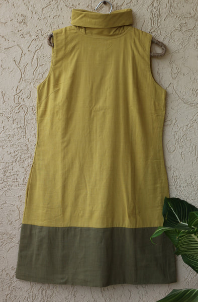 Adjustable turtle neck, split hue, sleeveless straight cut dress - Anar Yellow and Green
