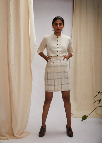 Classic knee length pencil skirt - Off-white checks