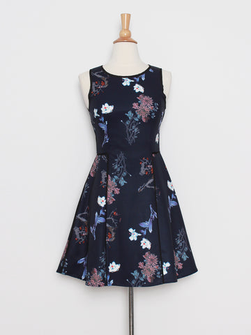 Carin Floral Bliss in Navy