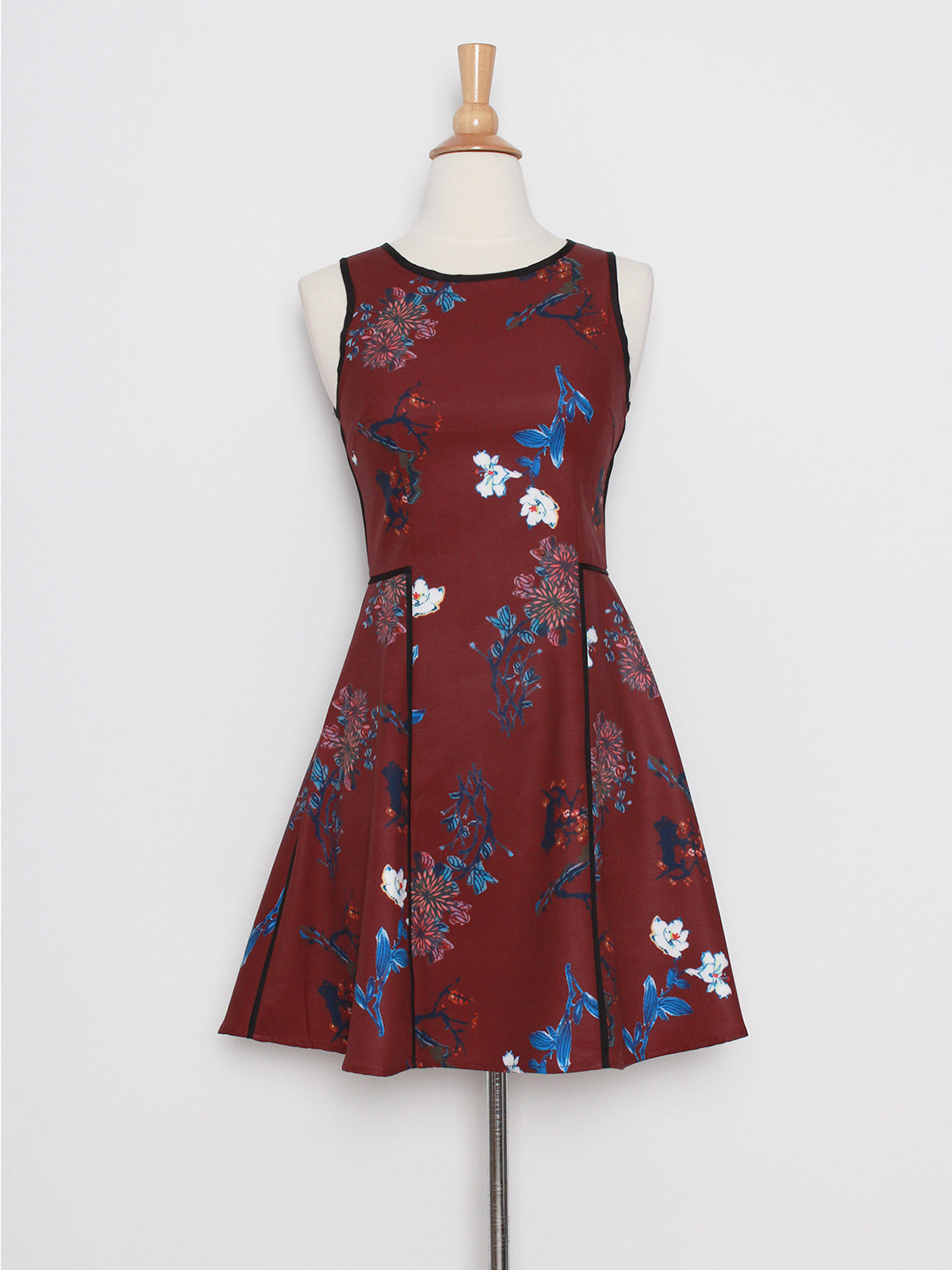 Carin Floral Bliss in Wine