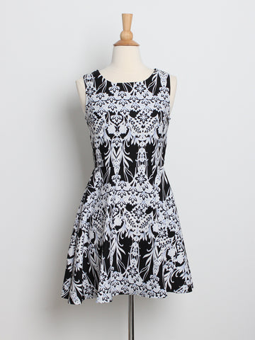 Aleia Patterned Dress Black