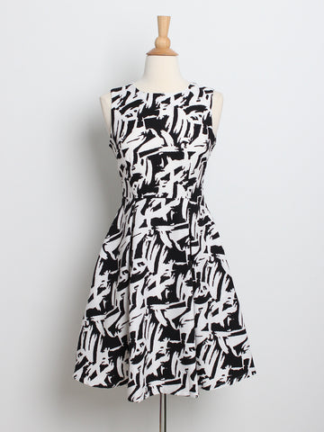 Isabelle Printed Dress Black *Backorder*