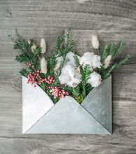 Load image into Gallery viewer, Winter Door Envelope - Holiday