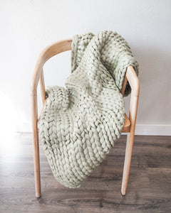 Chunky Knit Throw - Sage