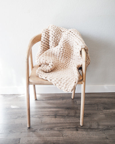 Chunky Knit Throw - Beige