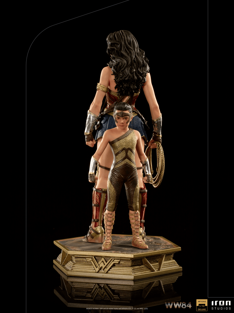 PREORDER IRON STUDIOS Wonder Woman & Young Diana Deluxe Art Scale 1/10 - WW84