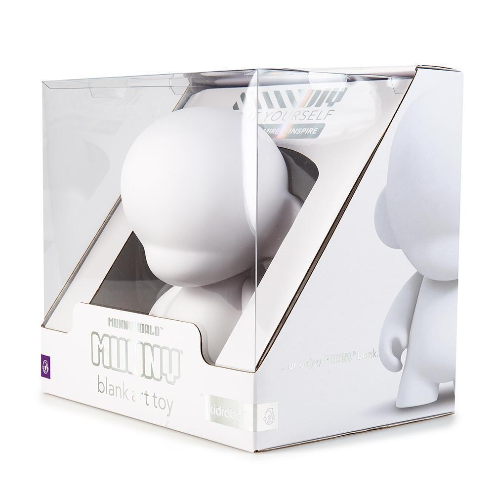 KIDROBOT Munnyworld Blank Art Toy