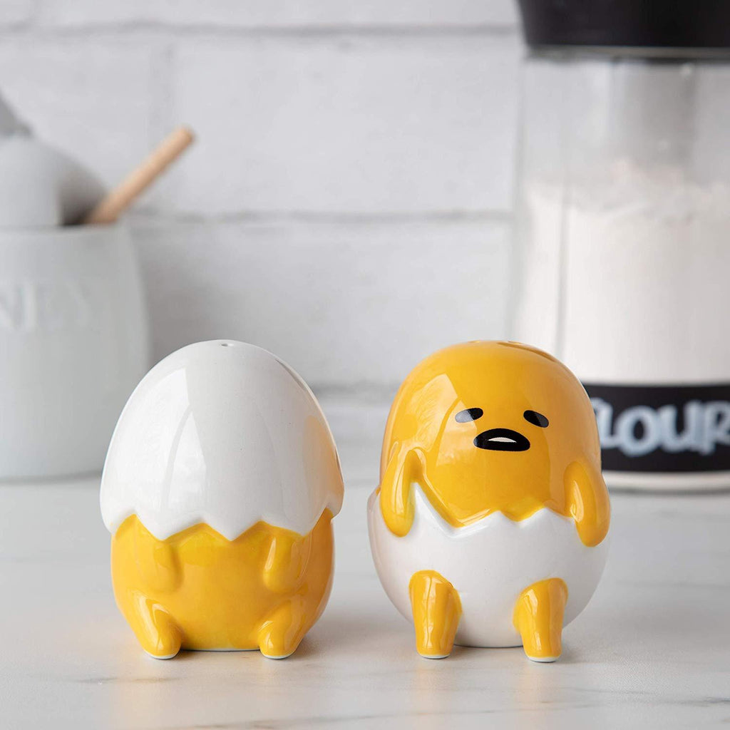 GUDETAMA The Lazy Egg Salt and Pepper Shaker Set