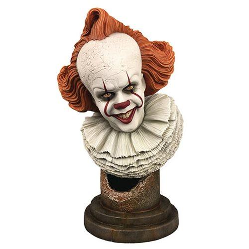DIAMOND SELECT It Chapter Two Legends in 3D Pennywise 1:2 Scale Bust