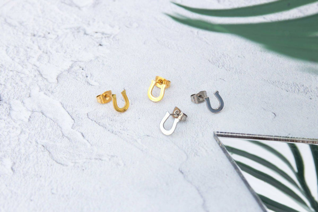 KUKU LDN Horseshoe Earrings
