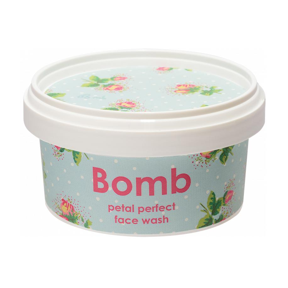 BOMB COSMETICS Face Wash