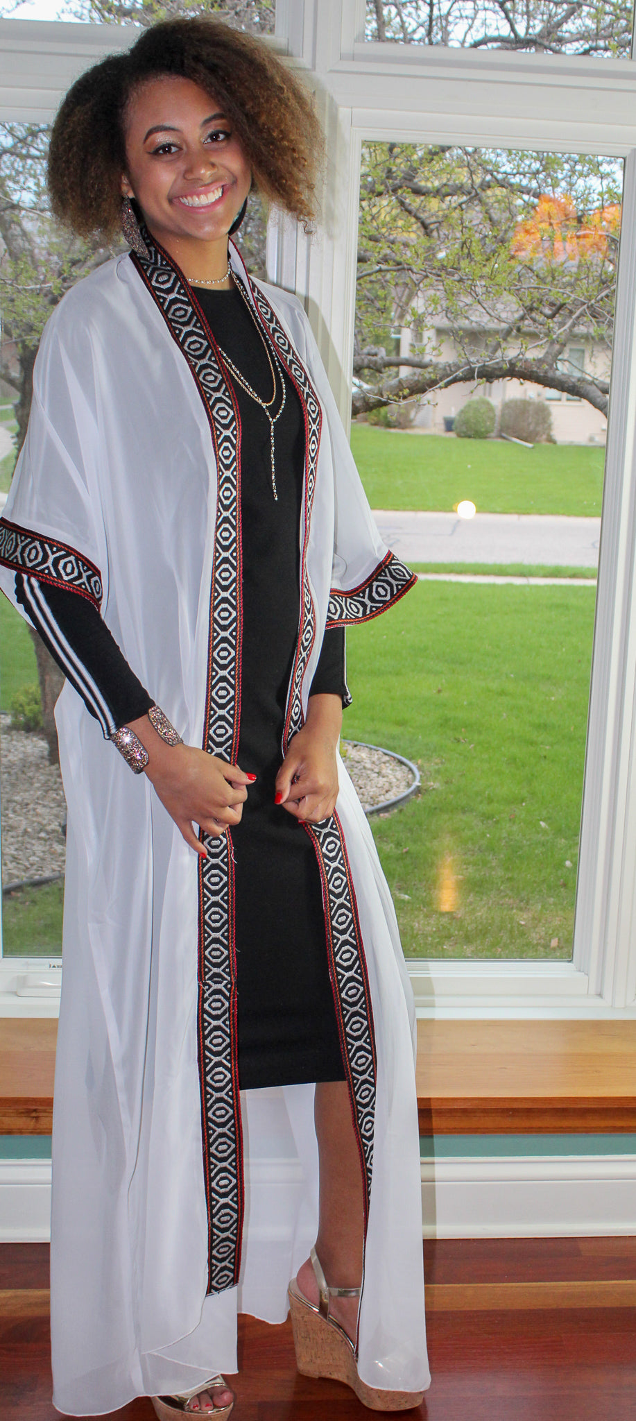 Short sleeve white Traditional Tunic/Abaya