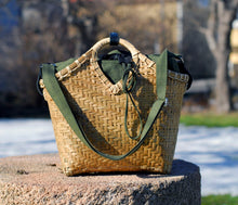 Load image into Gallery viewer, Pako bamboo bag & the Green bag