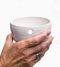 Load image into Gallery viewer, Single cup in ceramic, hand thrown