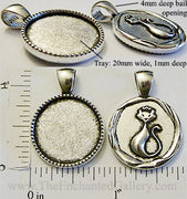 20mm Circle Pendant Tray Royal Cat Seal Back Antiqued Silver (Select Optional Insert)