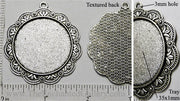 35mm Circle with Floral Scalloped Lace Border Pendant Tray Antiqued Silvertone