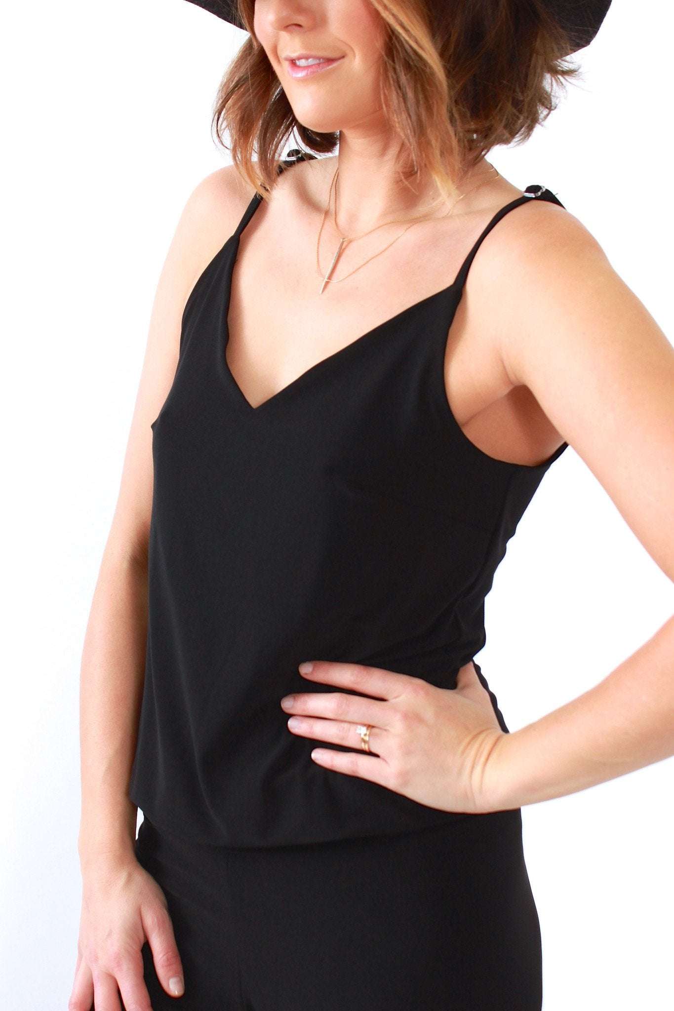 Dress - Viereck, Torquay Jumper In Solid Black
