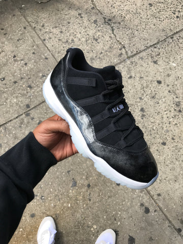 "Air Jordan 11 Low ""Barons"""