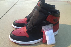 "Air Jordan 1 Retro High OG - ""Banned"" aka Bred 2016"