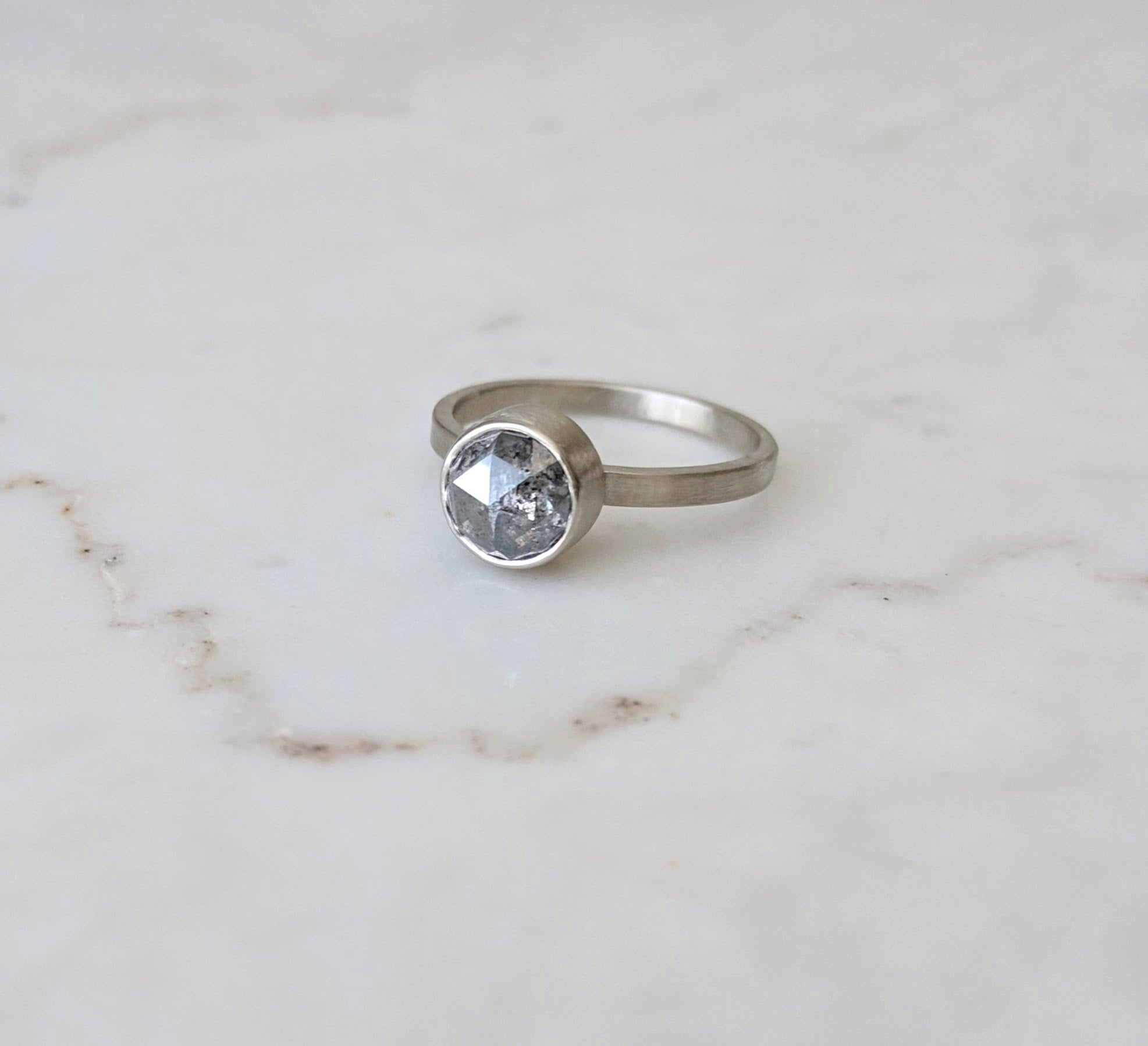 Salt & Pepper Diamond Ring | 14K White Gold
