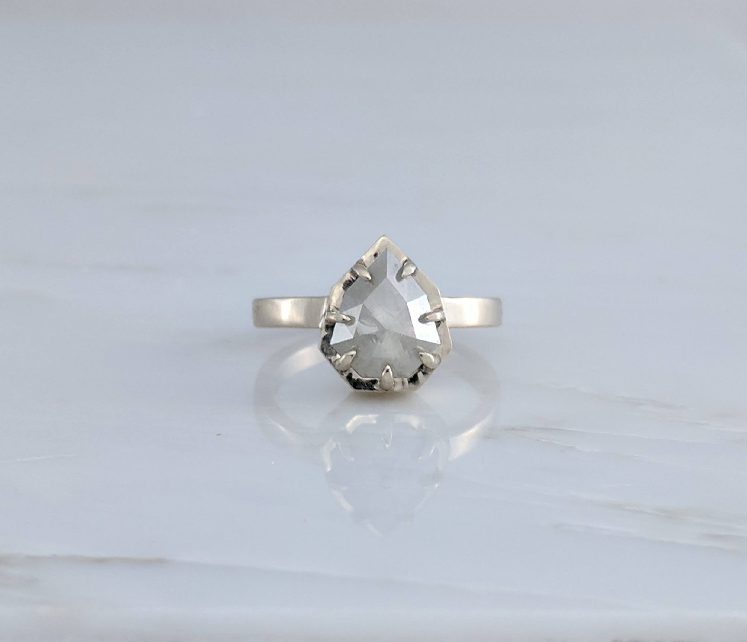 Shield Diamond Ring | 14K White Gold