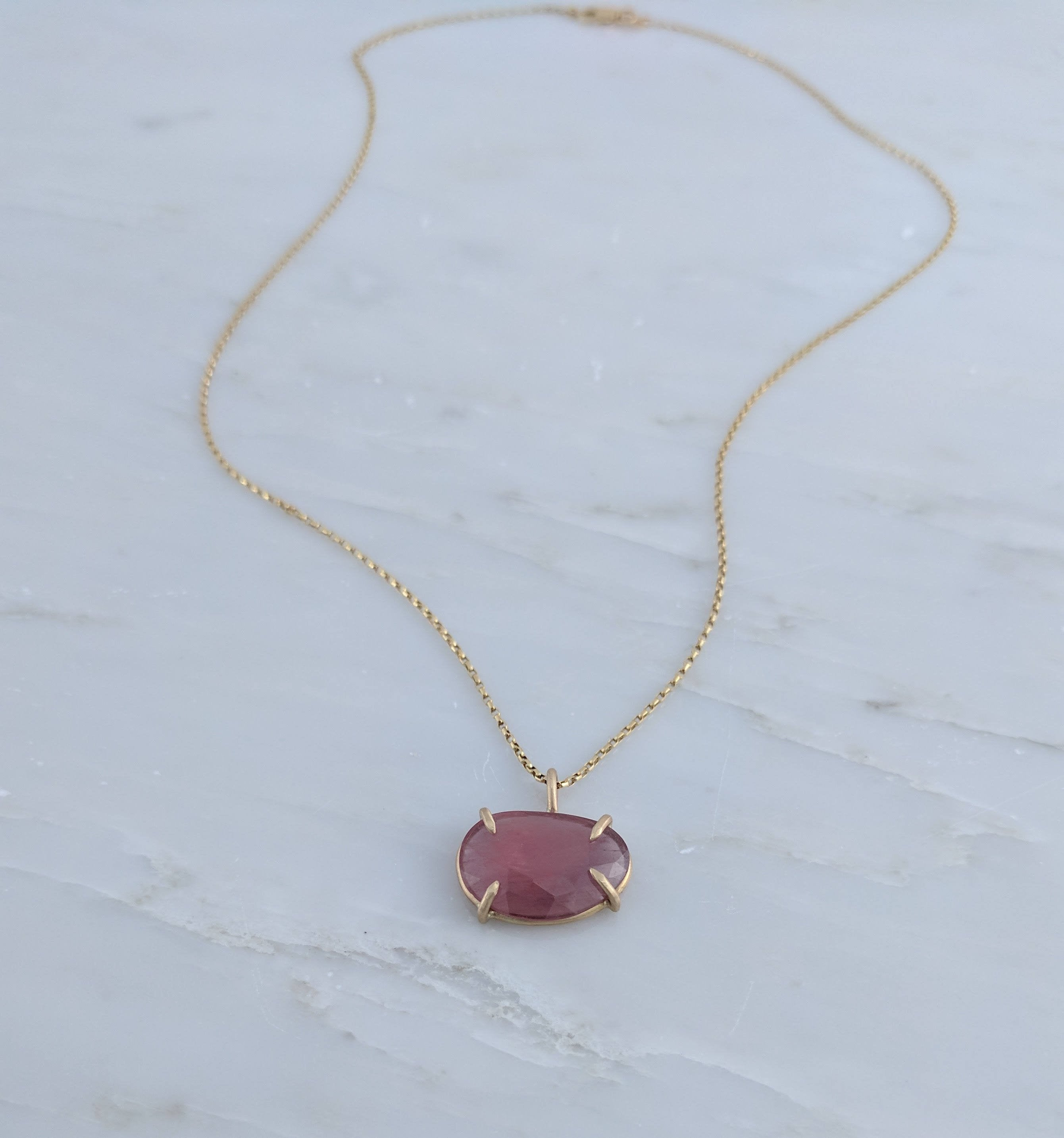 Rose Cut Sapphire Necklace in 14K Gold