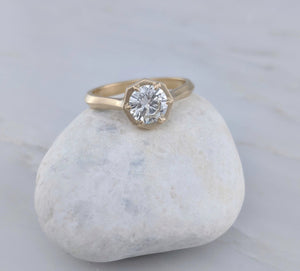 .77ct Diamond Ring with Knife Edge Band | 18K Yellow Gold