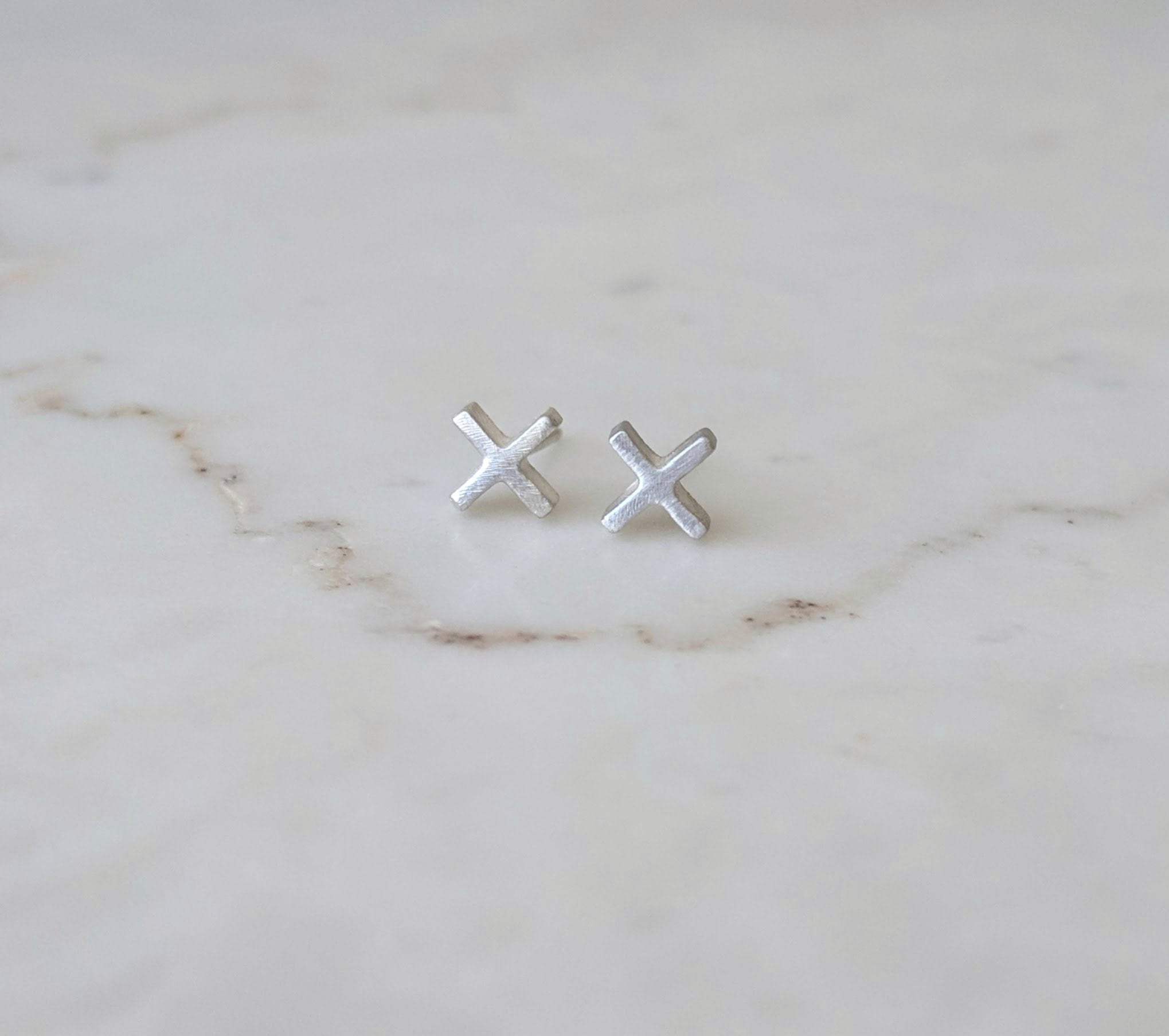 Kiss Kiss Stud Earrings | Sterling Silver