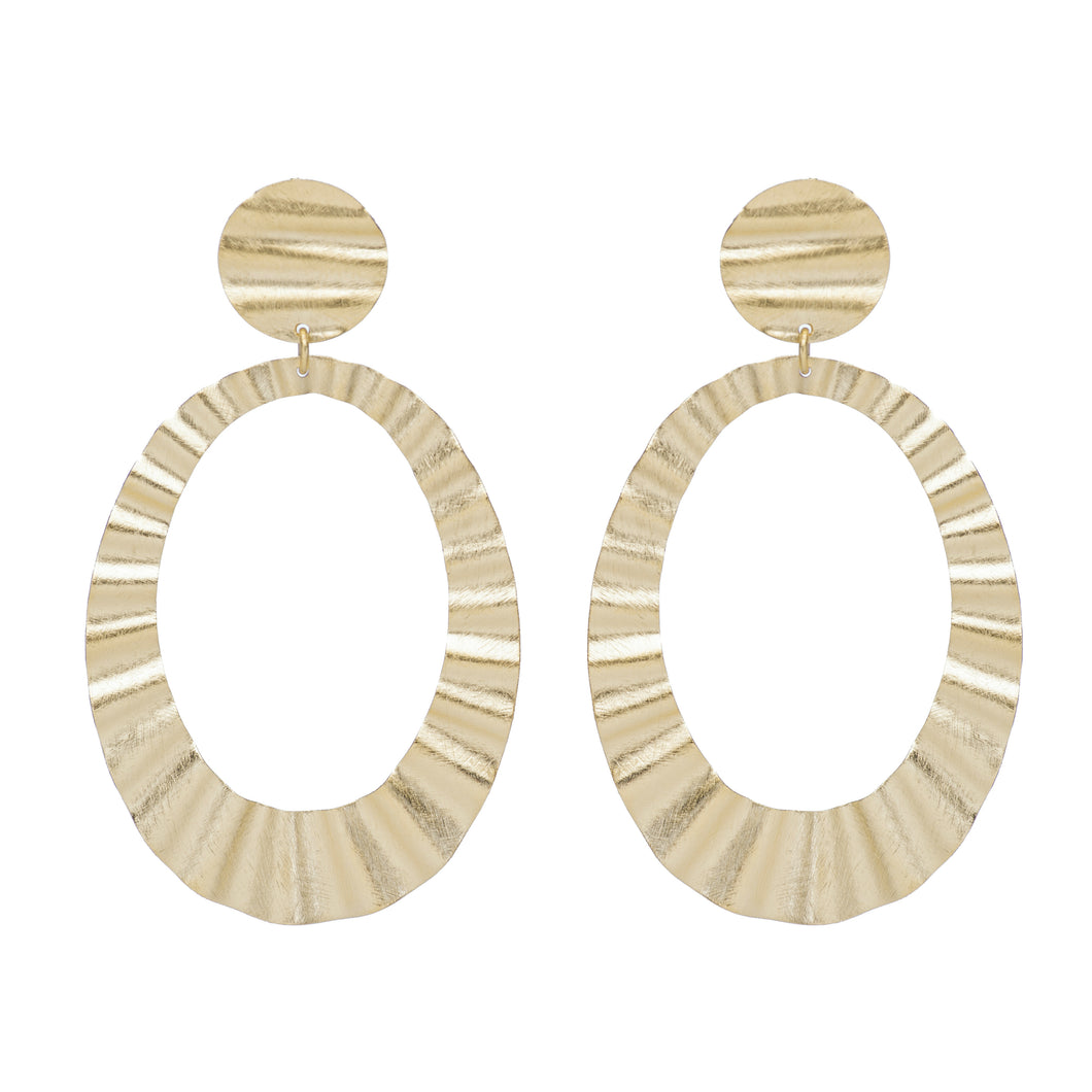 Janet Wavy Oval Earrings