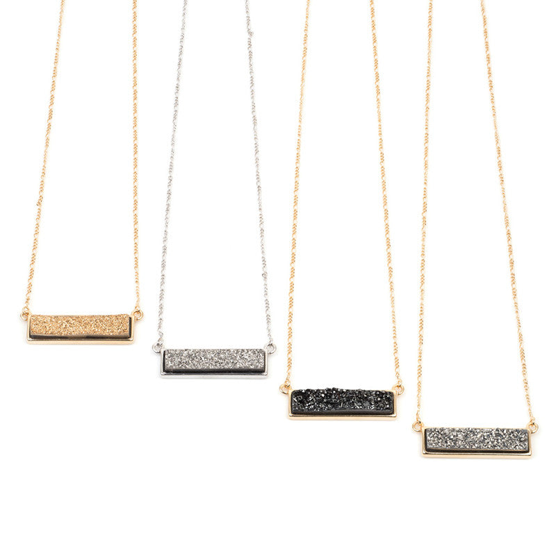 QUIMBY HORIZONTAL STONE NECKLACE