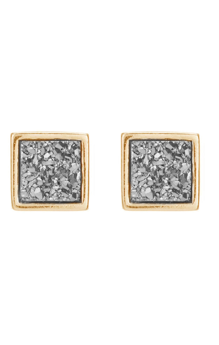 Mila Stud Earrings