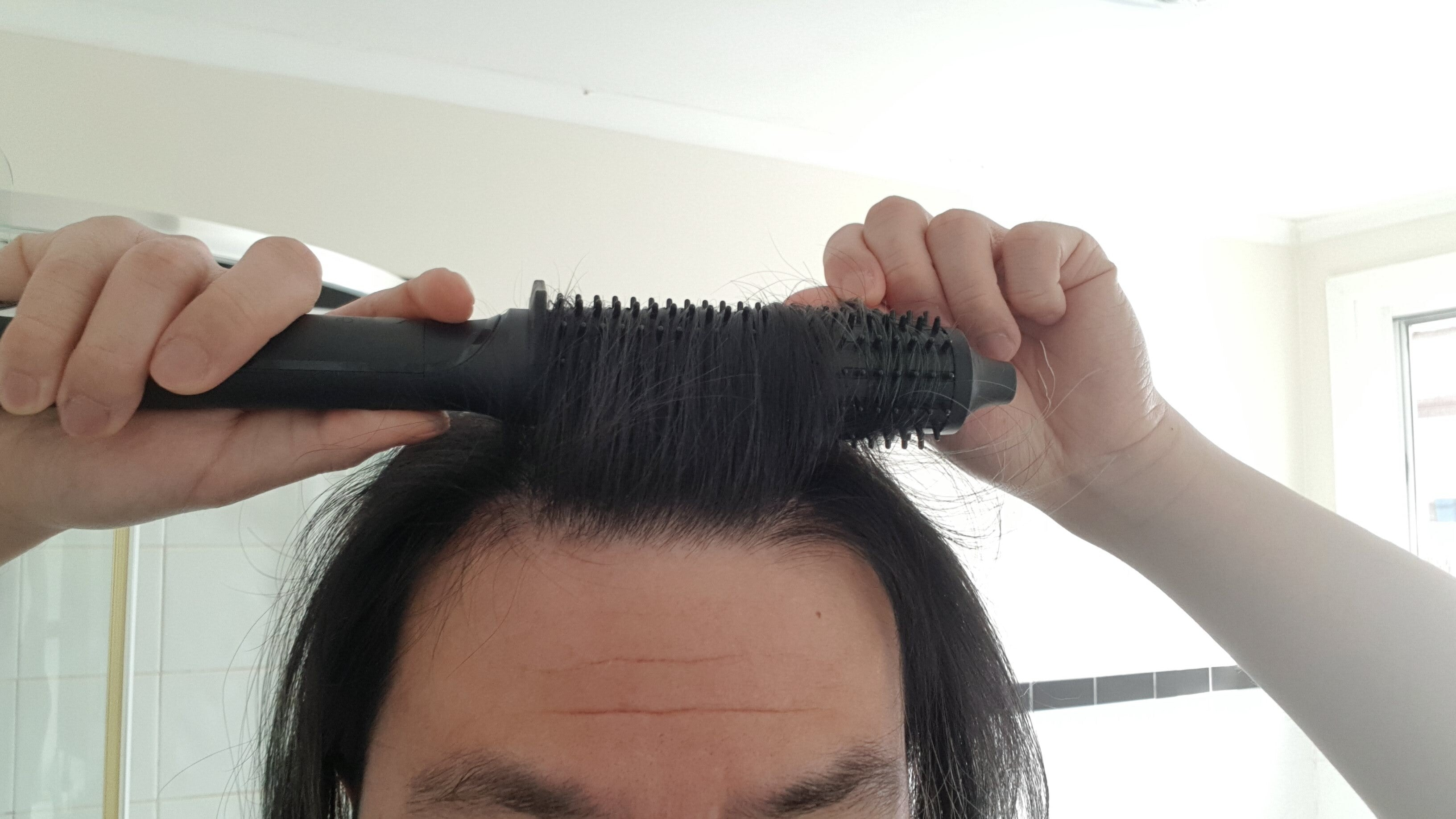 Using the GHD Rise to achieve root lift and volume