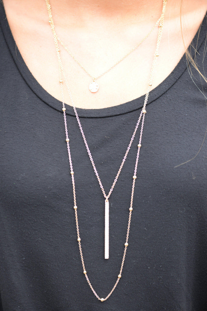 Triple Layer Necklace With Stick Pendant