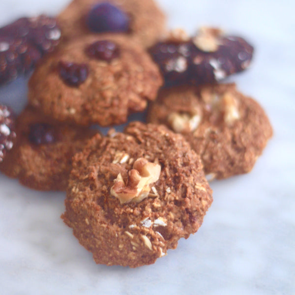 CLEAN OATMEAL COOKIES - TRAINER APPROVED (GLUTEN FREE, VEGAN, NO ADDED SUGARS, NATURALLY SWEETENED)
